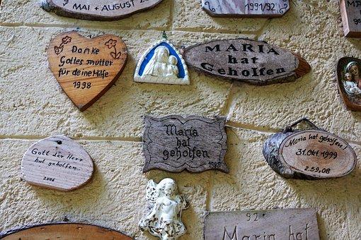 Shield, Saying, Board, Motto, Font, Wall, Thanks