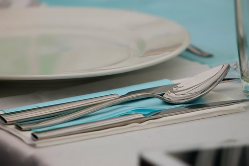 Cutlery, Spoon, Knife, Villa, Place Setting, Meal