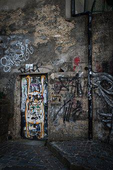 Eger, Street, Graffitti, Old, Architecture, Europe