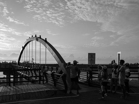Taiwan, Hualien Port, Bridge, Mobile Phone Camera
