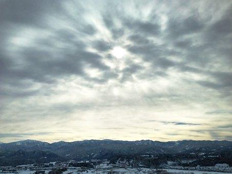 Cloud, Sun, Sky, Mountain, Winter, Light And Dark