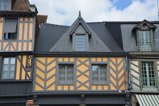 Half-timbered Houses, City Centre, Dol De Bretagne