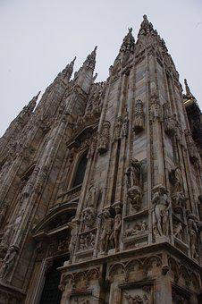 Milan, Duomo, Foggy, Day, Autumn, Cold, Colour, Street