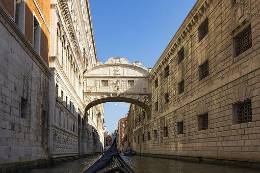 Venice, Italy, Tourism, The Old Town, Architecture