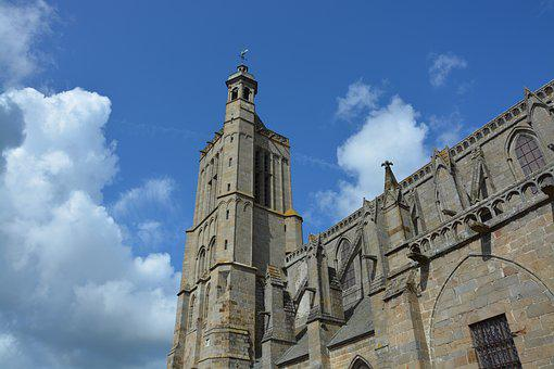 Cathedral Of Dol De Bretagne, Tourist Town, Heritage
