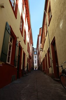 Alley, Old Town, Narrow Lane, Homes, Building