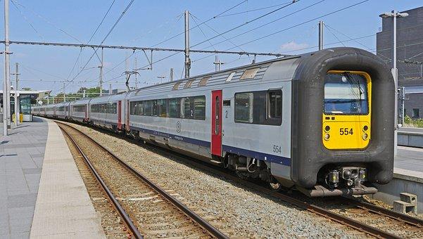 Bruges Hbf, Regional Traffic, Electrical Multiple Unit