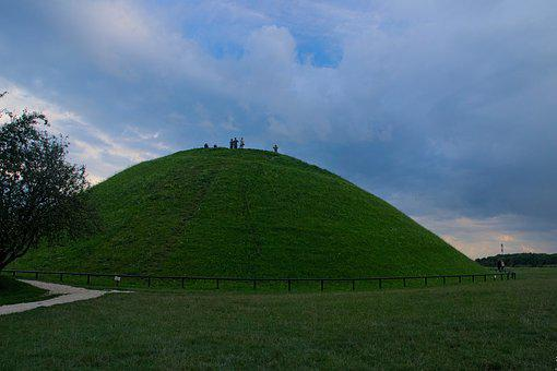 The Mound, Kraków, Poland, History, Spacer, View