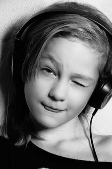 Headsets, Music, To Listen, Model, Emotions, Russian