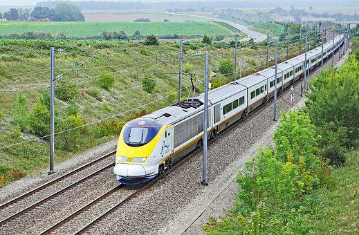 Eurostarzug, Paris - London, At Calais, Fast Track