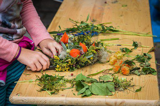 Wreath, Floral Wreath, Floral Decorations, Decoration