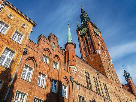 Gdańsk, The Town Hall, The Museum, Monuments, Tourism