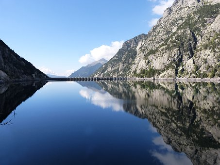 Dam, Pond, Hydroelectric Production, Dam Of Cavallers