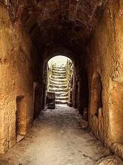 Cyprus, Paphos, Tombs Of The Kings, Stoa, Tunnel
