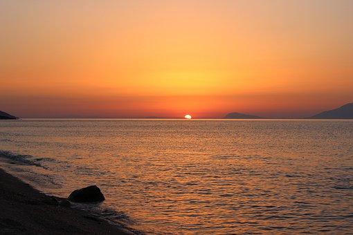 Sunrise In The Sea, Sky, Sea, Skies, Mood, Morgenrot