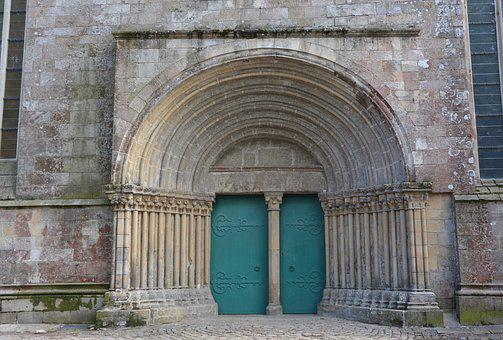 Portal, Large Door, Cathedral, City Of Lamballe