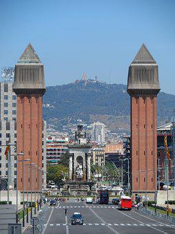 Two Towers, Barcelona, Trip