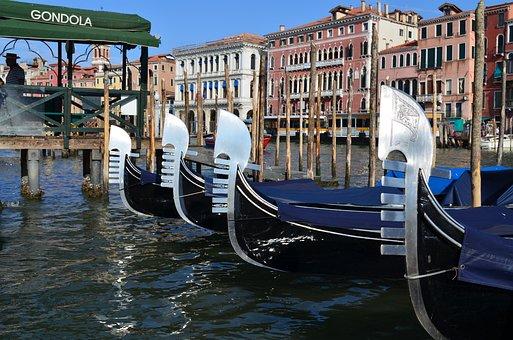 Venice, Gondolas, Glimpse, Italy, Gondola