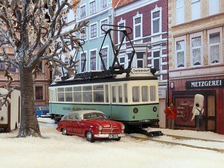 Model Train, Model Railway, Tram, Scale H0, Diorama