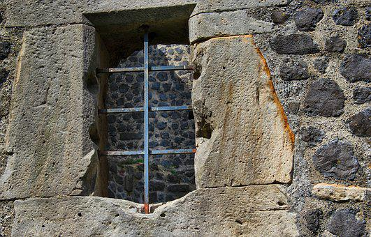Castle, Window, Knight's Castle, Masonry, Stone