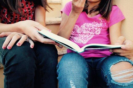 Girls, Studio, Union, Friendship, Books, Culture