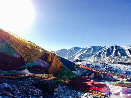 Backlighting, Tibetan, Snow Mountain