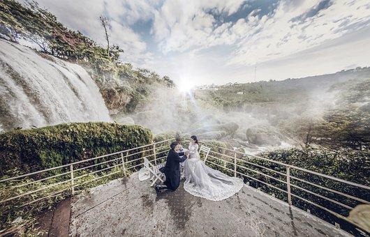 Elephant Waterfall, Dalat, Vietnam, Write, Male