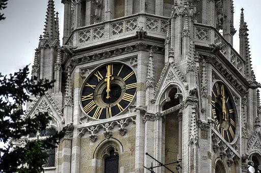 Zagreb, St Marcuskerk, Church Bell, 12hr, Time