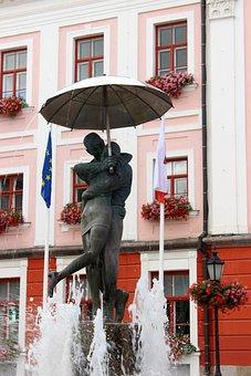 Fountain, Estonia, Tartu, Statue, Red House, Umbrella