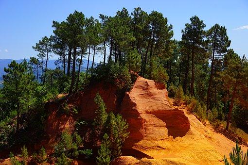 Ocher Rocks, Roussillon, Ocher Trail, Sentier Des Ocres