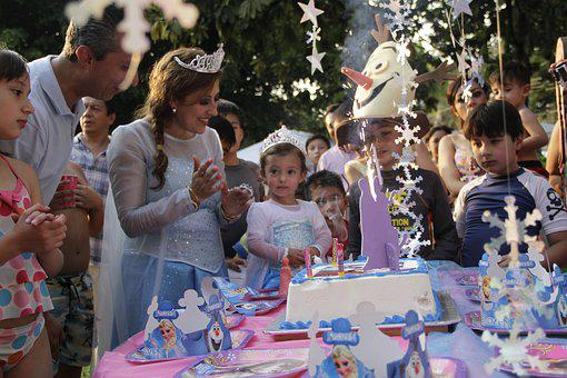 Parents And Children, Birthday, Celebration, Love, Magi