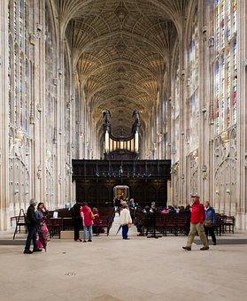 King's College Chapel, Cambridge, Tourists