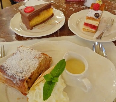 Cake, Chocolate, Apple, Dessert, Sweet, Cream, Plate