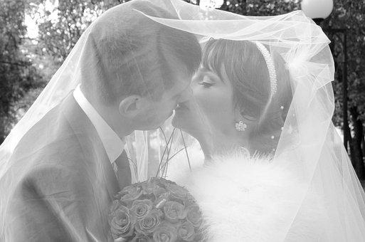 Kiss, The Groom, Bride, Stroll, Just Married, Dress