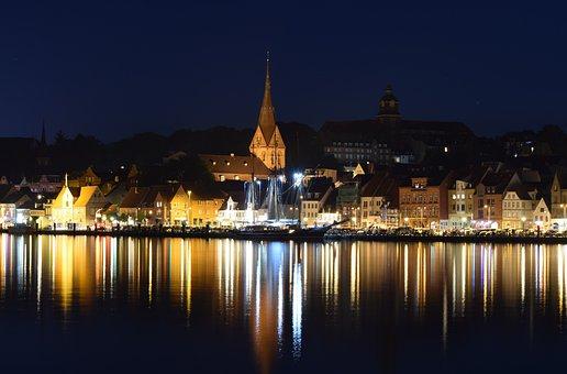 Night Photograph, City, Port, Sea, Long Exposure, Homes