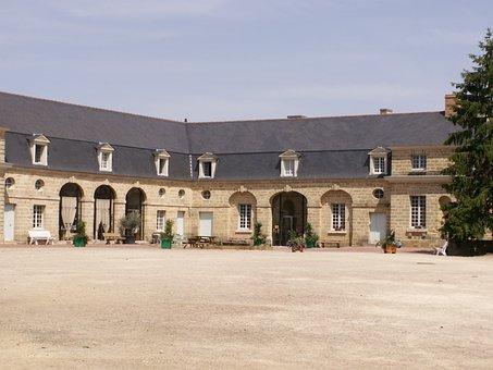 Castle, Stables, Pépifolies, History, Baron, Foullon