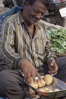 India, Street Market, Vendor, Potatoes, Hyderabad