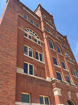 Dubuque Star, Brewery, Building