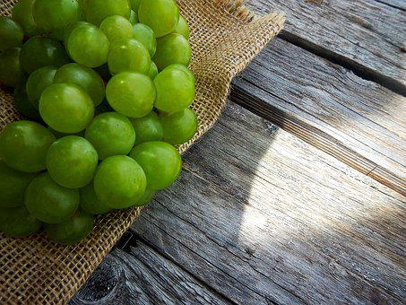 Grapes, Fruit, Cluster, Green, Wine, Champagne