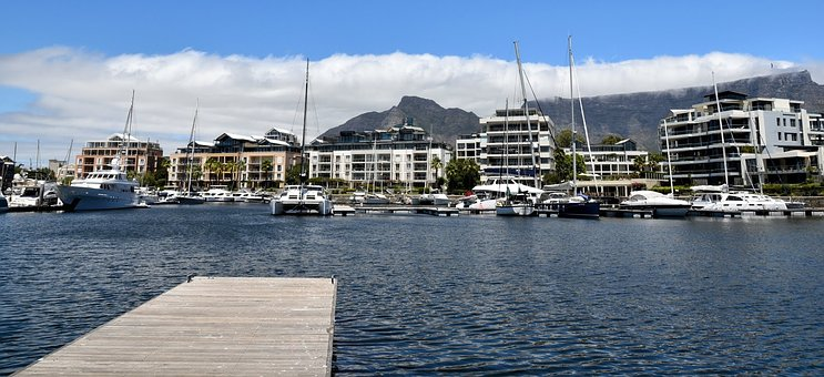 Cape Town, V A Waterfront, V A Marina, Port, Boat