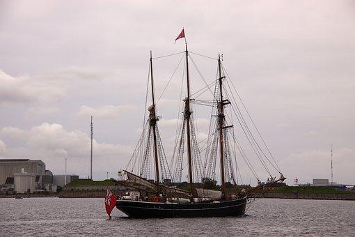 Tremaster, Sailing Ship, Sea, Water, Ship, Boating