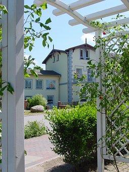 Villa, Ostseebad, Architecture, Bath Architecture