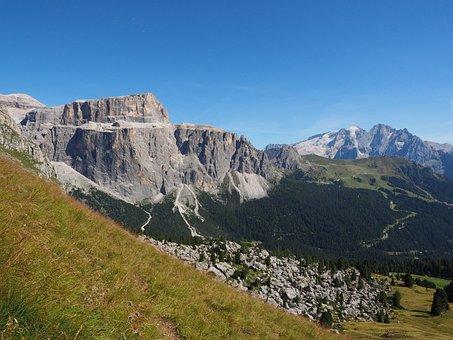 Piz Boè, Sass Pordoi, Sella Massif, Dolomites, Alpine