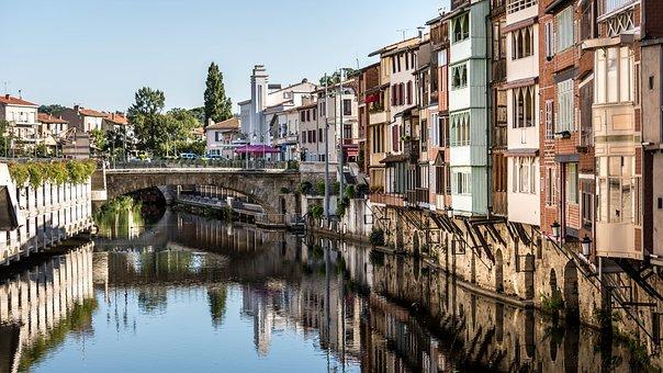Castres, Tarn, Occitania, France, Europe, Agout