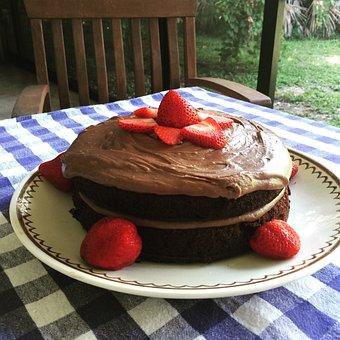 Cake, Chocolate, Strawberries, Dessert, Icing, Birthday