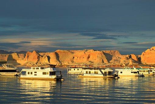 Lake Powell, Arizona, Page, Houseboat