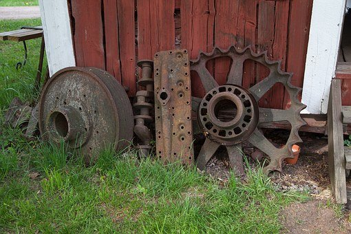 Rusty Wheel, Wooden Shed, Barn, Red, Old, Retro, Rusty