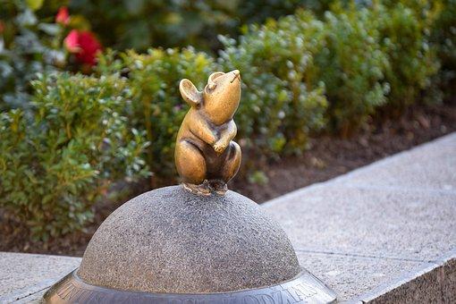 Mouse, Sculpture, Golden, Saga, Klaipeda, Lithuania