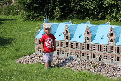 Liliput, Architecture, Mini House, Ratio, Hausherr