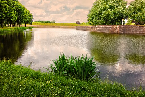Moat, Banks, Fortress, Sixteenth Century, Old
